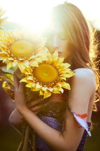 Lara Jade - Yellow
